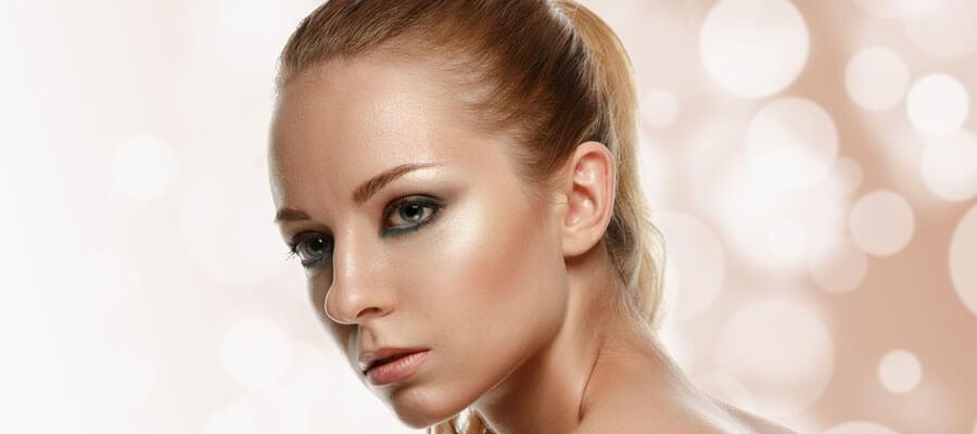 Mit Makeup-Tricks zum Sommerteint