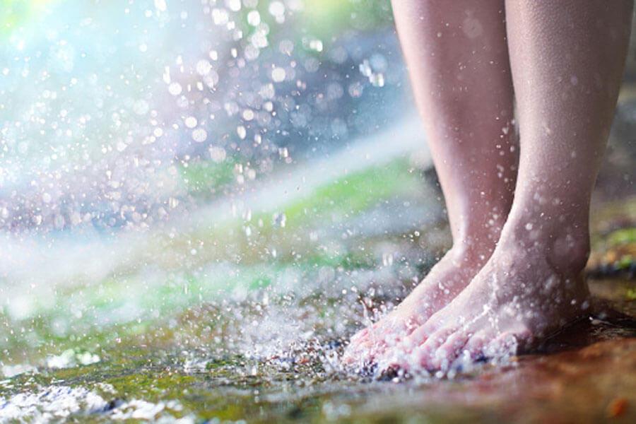 Auf schönen Sohlen – Sommer-Fußpflege
