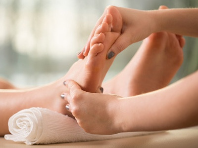 pflegende-massagen-fuer-gesunde-fuesse