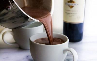 Heiße Schokolade mit Rotwein: Winter Getränk 2018